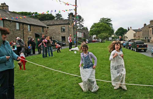 aysgarth games
